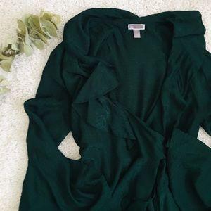 Chelsea28 || emerald green wrap dress
